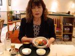 図5 お昼はすかいらーくの海鮮丼.jpg