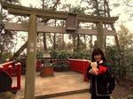 ●境内社の天日津久神社、何か降りてくるかも●.jpg