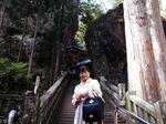 ●手水舎あたりから階段が始まる●.jpg